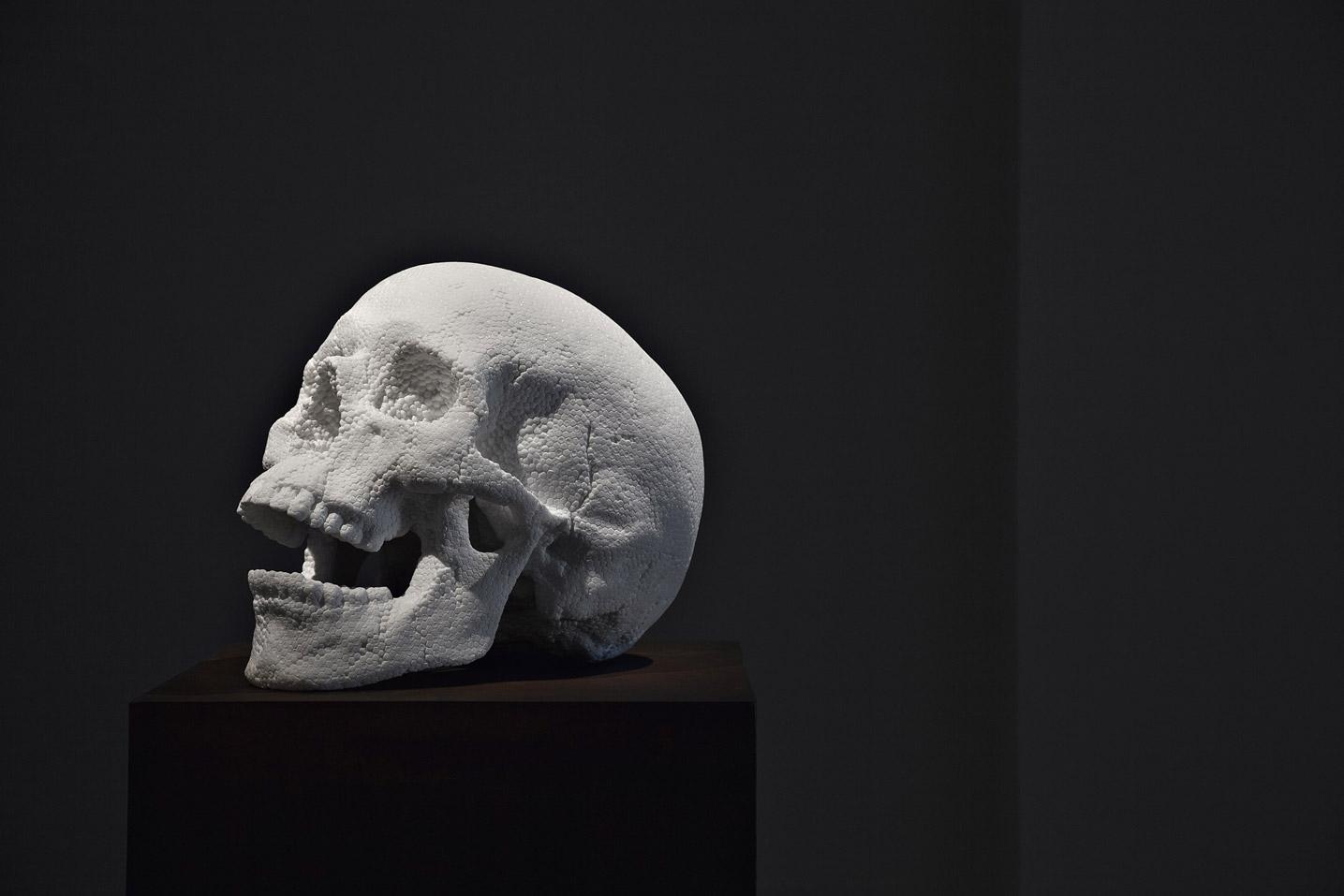 punk fabio viale poggiali forconi marmo marble skull teschio polistirolo