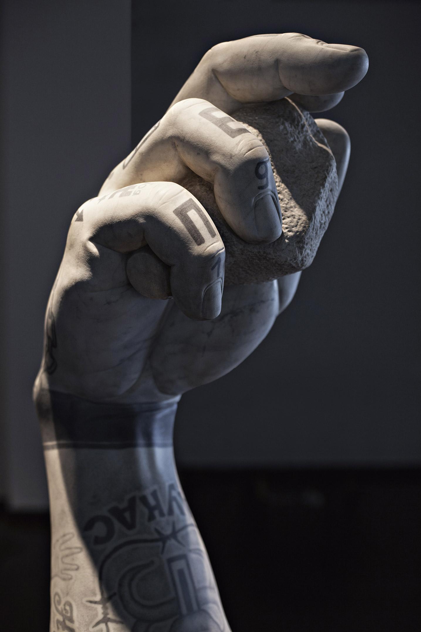 braccio david punk fabio viale poggiali forconi marmo marble michelangelo