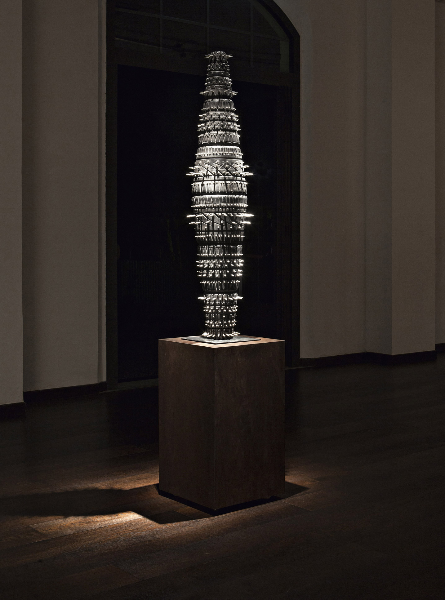 spindle fuso punk fabio viale poggiali forconi marble sculpture scultura