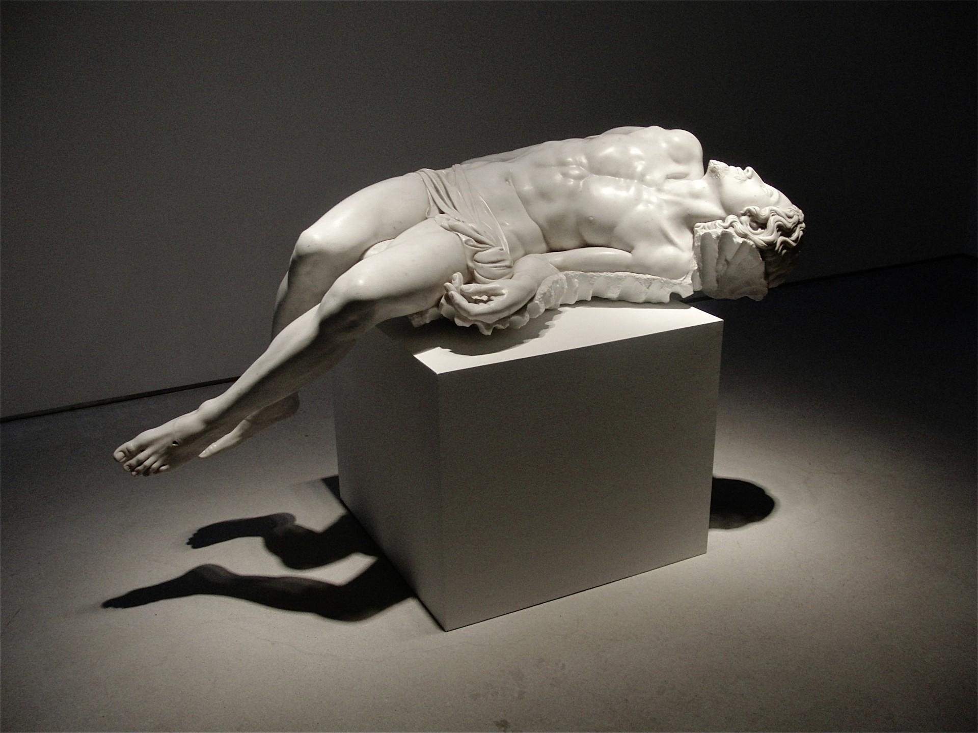 jesus fabio viale marmo marble sperone westwater souvenir pieta