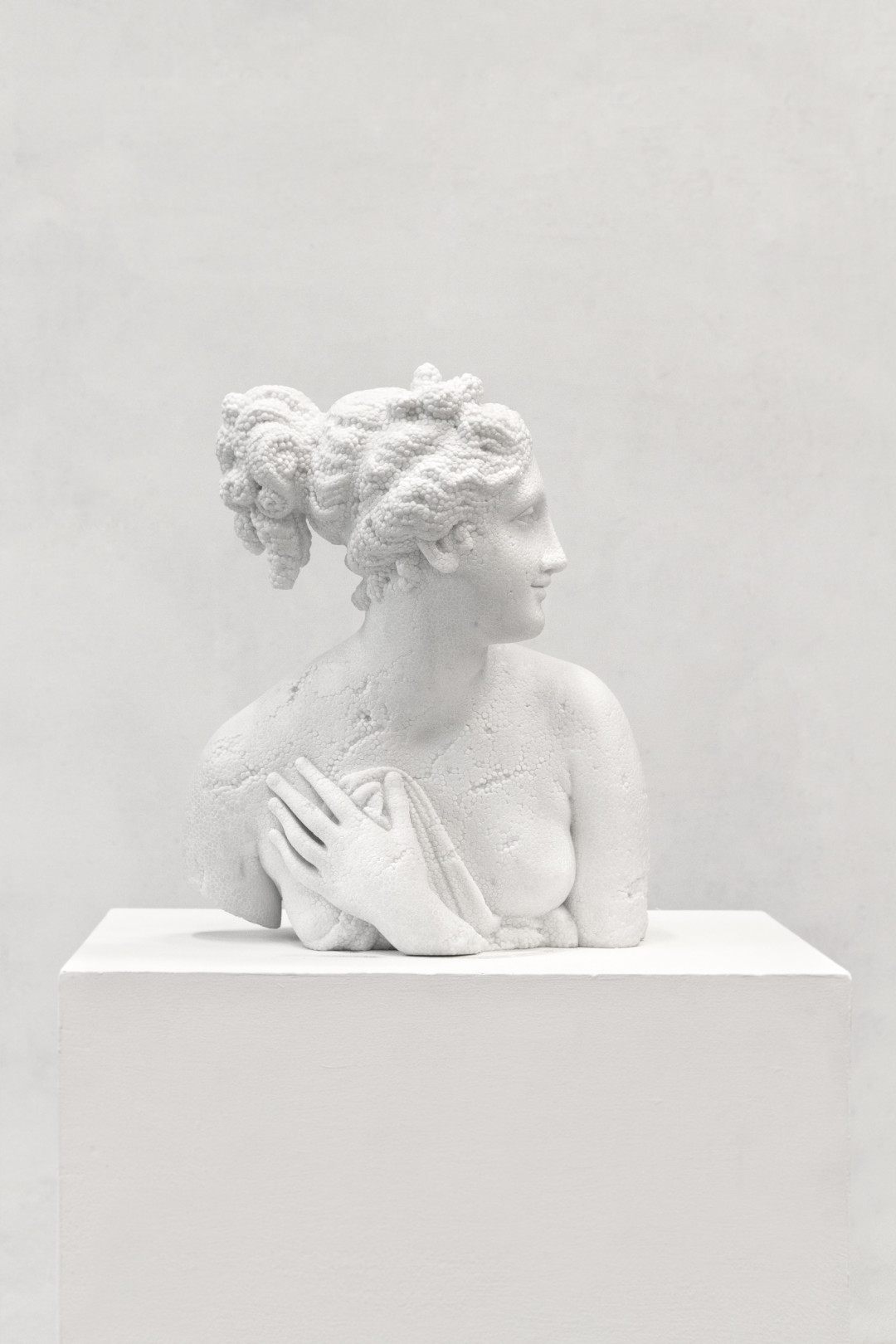 venere-italica-2016-marmo-bianco-cm-53-x-41-x-45-8653